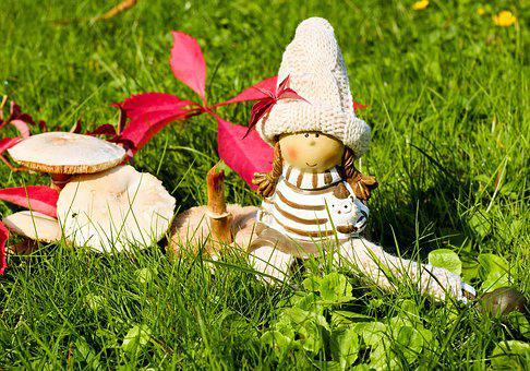 Doll Figure, Girl, Sit, Dreams, Relax, Rest, Grass