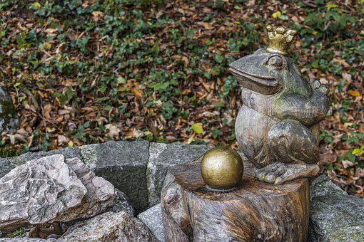 Frog Prince, Fountain, Crown, Fairy Tales, Frog, Gold