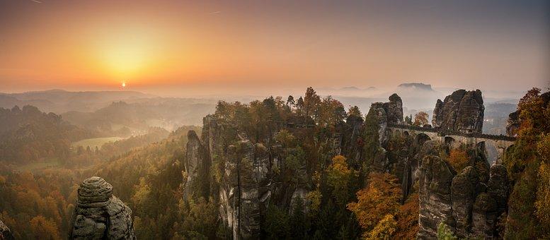 Bastei, Elbe Sandstone Mountains, Sunrise