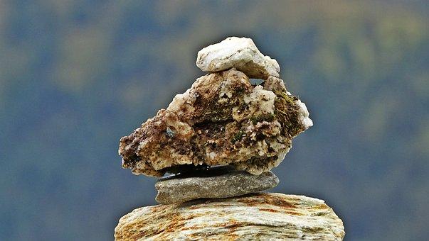 Kőépítmény, Cairn, Balance