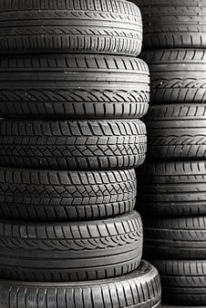 Mature, Tires, Auto Tires, Auto, Car, Companions