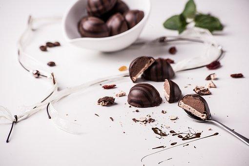 Praline, Dessert, Chocolate, Painting, Calories