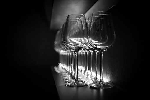 Glasses, Bar, Dark, Wine Glass, By Looking, Perspective