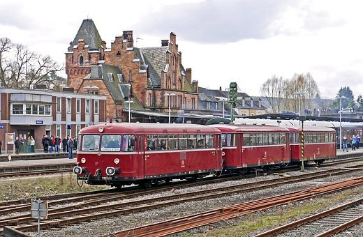 Railbus, In Three Parts, Vt98, Railway Station