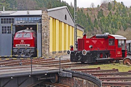 Locomotive Shed, Hub, Pit, Track Star