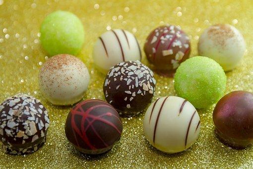 Chocolate, Chocolates, Gold, Chocolate Praline, Nibble