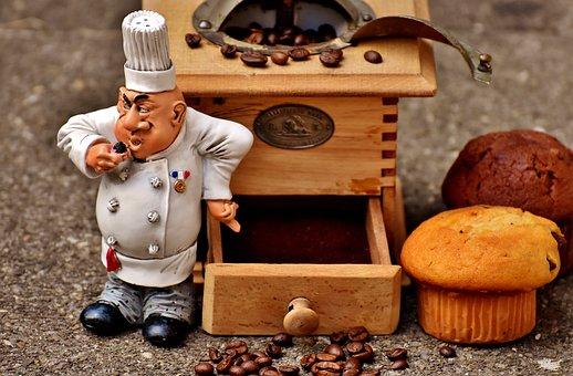 Grinder, Muffin, Baker, Figure, Cake, Coffee