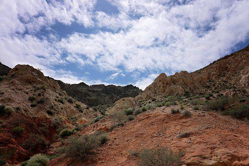 Hiking, Red Rocks, Valley Of Fire, Lake Mead, Las Vegas
