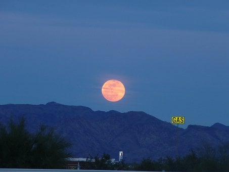 Full Moon, Harvest Moon, Quartzsite, Arizona, Full