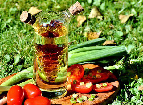 Healthy Diet, Tomatoes, Spring Onions, Vinegar, Oil