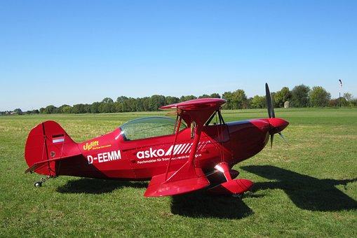 Grass, Field, Aircraft, Sky, Motor, Red, Aerobatics