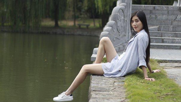 Feeling, Brand, Beauty, Woman, Lake, Pond, Legs, Sat