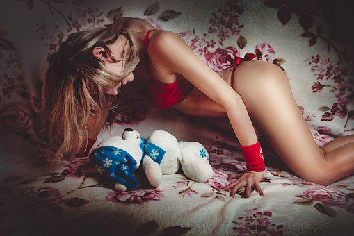 Girl, Bear, Sexy, Top, Sports, Gift, Red Tape, Sweet