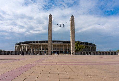 Architecture, Berlin Olympic Stadium, Fussballstadtion