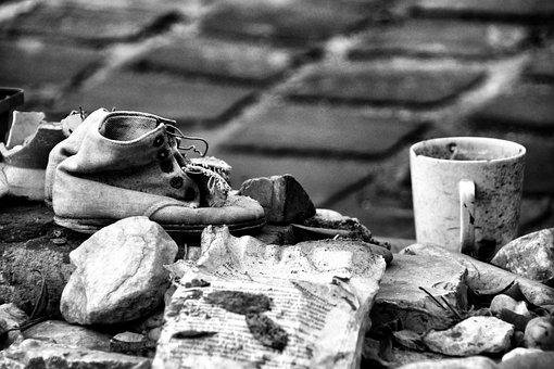 Kinderschoentjes, Cup, Monochrome, Monument, Mug