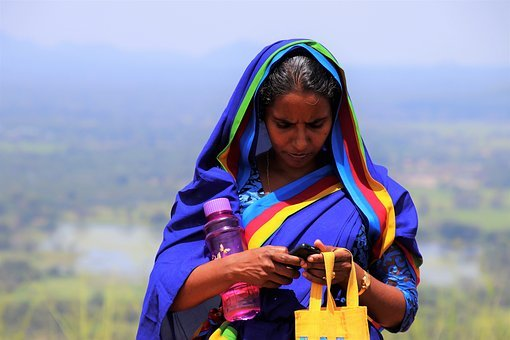 Sari, Phone, Sms, At The Court Of, Colorful, Nature