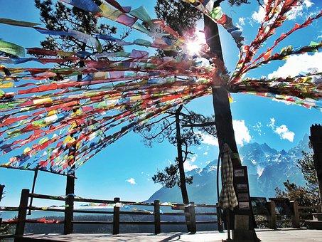 The Jade Dragon Snow Mountain, Sky, Sunshine