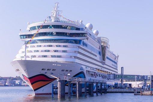Aidaluna, Warnemünde, Germany, Cruise, Ship