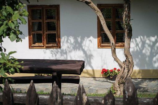 Hollókő, Farmhouse, World Heritage Site, Fence, Garden
