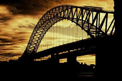 Silver Jubilee Bridge, Suspension Bridge