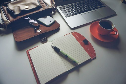 Laptop, Iphone, Coffee, Notebook, Pen, Glasses, Bag