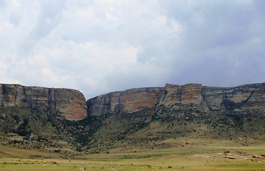 Mountain Ridge, Rock Sheer, Earthy Colors, Rock Crevace
