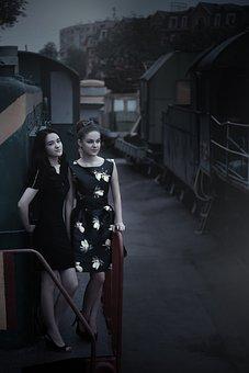 Girls At The Station, Train, Pin Up Girl, Beautiful