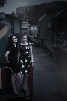 Girls At The Station, Train, Pin Up Girl, Beautiful