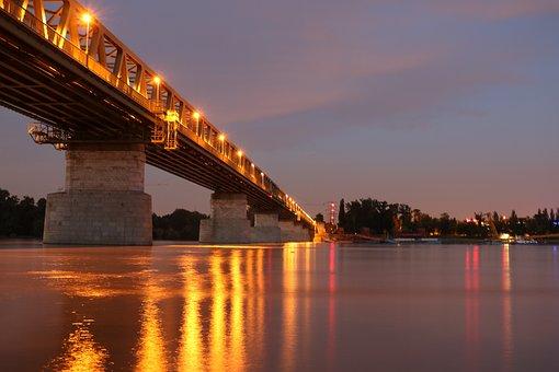 Budapest, Long Shutter Speed, In The Evening, Lights