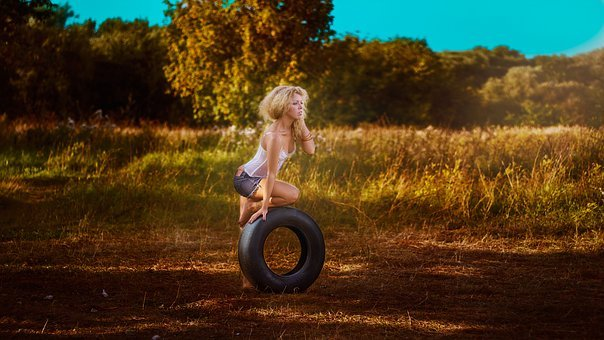 Girl With A Wheel, Photoshoot, In Shorts