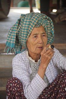 Old, Woman, Smoking, Home-rolled, Cigar, Myanmar