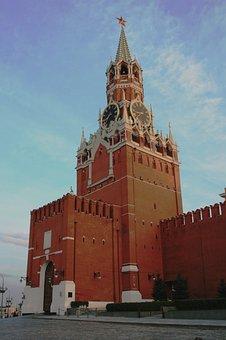 Tower, Kremlin, Wall, Red, Brick, Tall, Clock