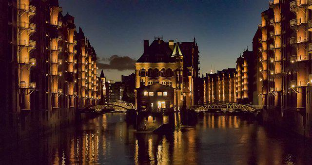 Germany, Hamburg, Speicherstadt, Moated Castle
