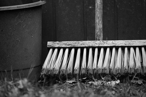 Diet, Bucket, Bucket And Broom, Cost-hair
