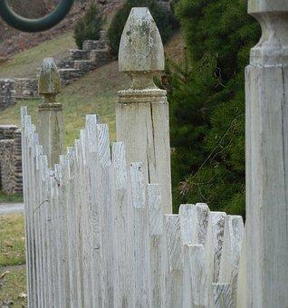 Picket Fence, Fence, White, Wood, Garden, Yard, Wooden