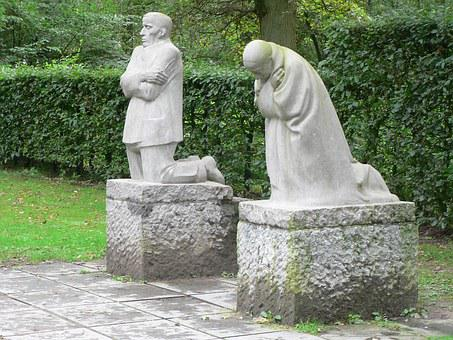 Statues, Grieving Parents, Sadness, Falls, Cemetery