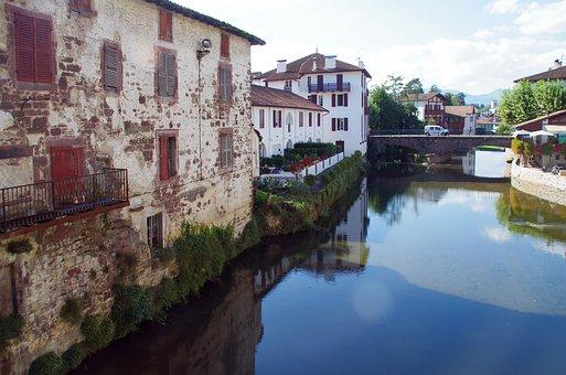 St-jean-pied-de-port, Lower Navarre, Basque Country