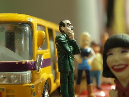 Bus Stop, Bus, Waiting, John Cleese, Worry, Worried