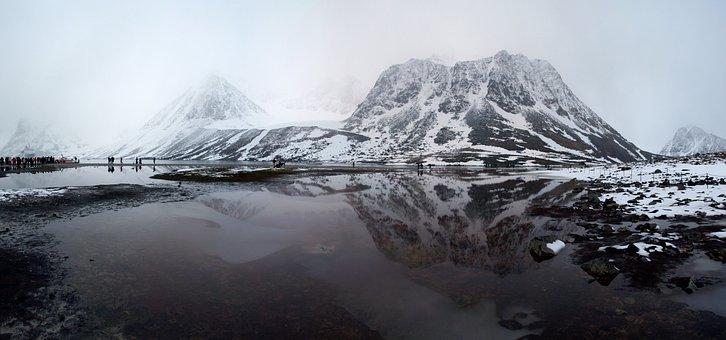 Magdalene Bay, Spitsbergen, Cruise
