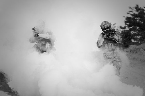 War, Desert, Guns, Gunshow, Soldier, Action, Smoke
