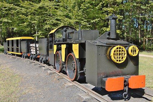 The Machine, Nièvre, Mine Train, Minors, Coal