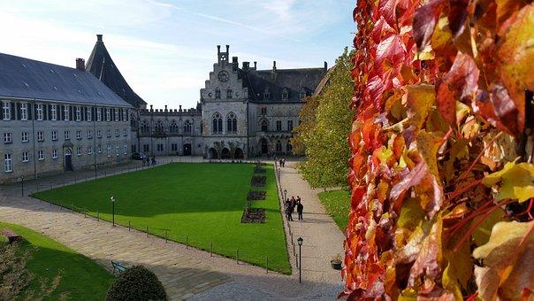 Castle, Autumn, Leaves, Red, Hof, Schlossgarten