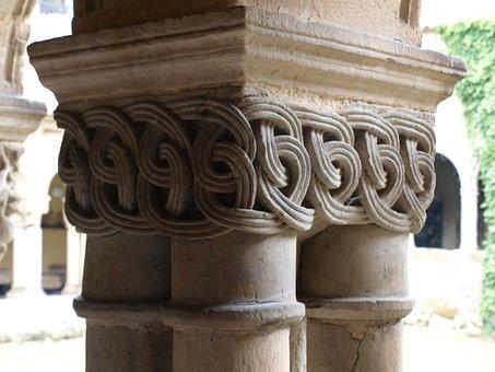 Collegiate Church, Cloister, Santa Juliana