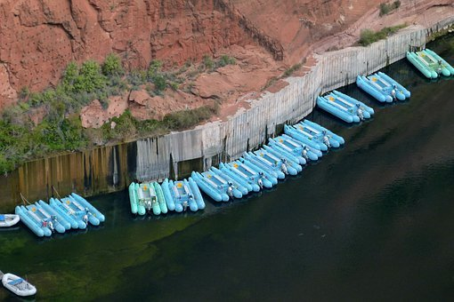 Colorado River, Glen Canyon, Arizona, Usa