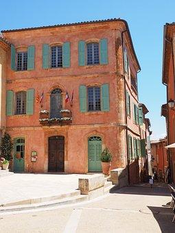 Roussillon, Community, Village, Village Core, Town Hall