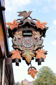 Cuckoo Clock, Shield, Advertising Watchmaker, Time