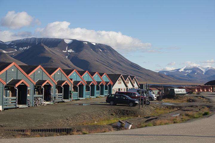 Houses, Svalbard, Longyearbyen