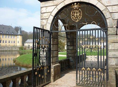 Castle, Goal, Input, Tourism, Moated Castle