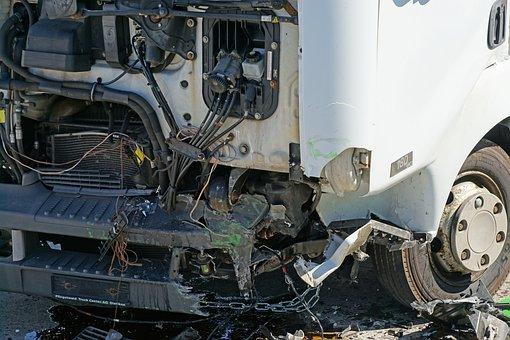 Crash Test, Frontal Collision, Peron Dare, Truck