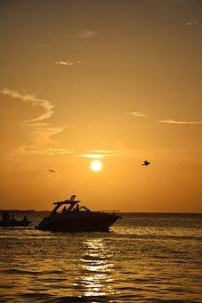Sol, Boat, Beach, Landscape, Water, Nature, Litoral